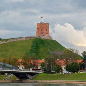 Башня замка Гедимина в Вильнюсе. Автор/Источник фото: Pixabay.com.